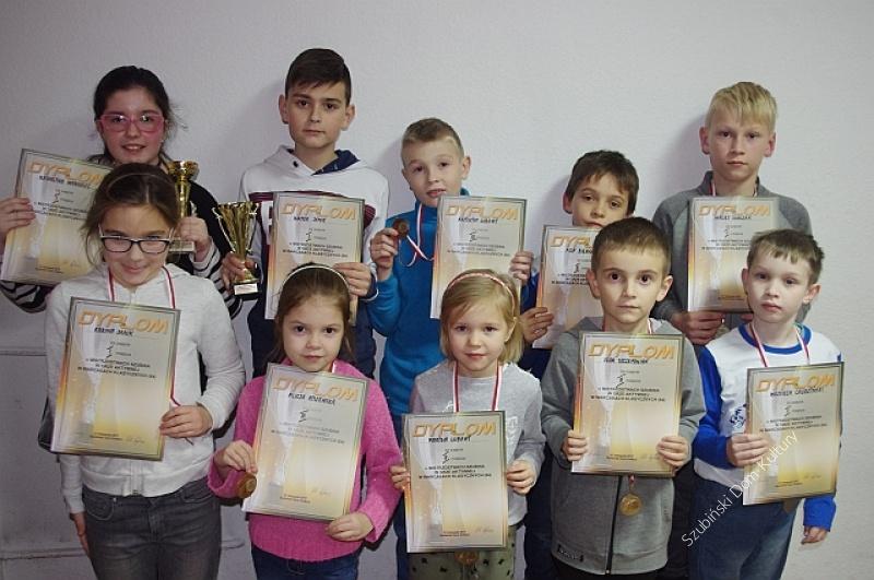 Mistrzostwa Szubina w Grze Aktywnej w Warcabach Klasycznych (64)