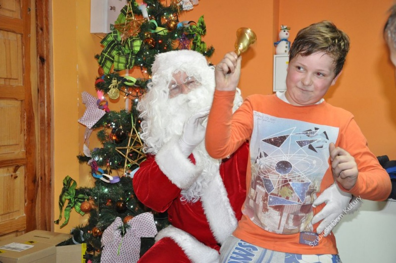 Mikołaj w świetlicy w Chraplewie