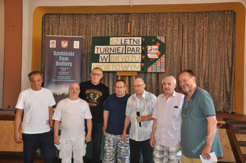 Brydżyści spotkali się na 62 turnieju
