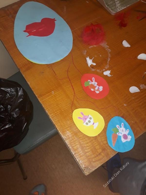 Zajęcia plastyczne w Królikowie