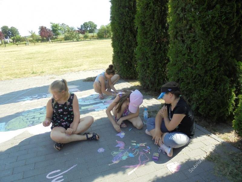 Wakacyjne malowanie w Chomętowie