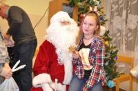 Zabawa z Mikołajem w świetlicy w Dąbrówce Słupskiej