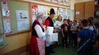 Warsztaty na temat Pałuk w Szkole Podstawowej w Białych Błotach